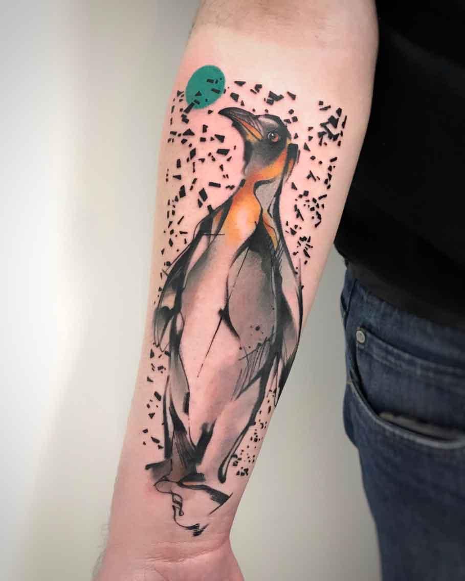 Tatuaggio pinguino reale braccio texture